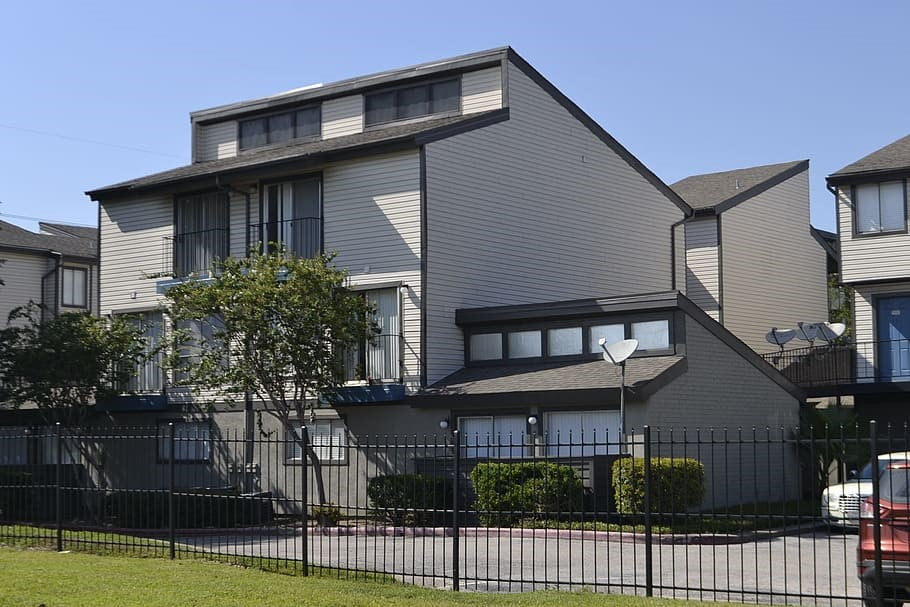 https://c1.wallpaperflare.com/preview/800/485/93/houston-texas-apartment-complex-duplex-apartments-rent.jpg